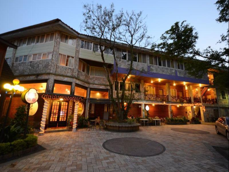 Cirrus Spa Villa