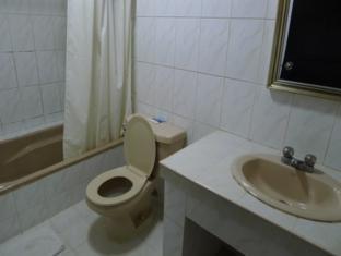 Turissimo Garden Hotel Puerto Princesa City - Standard Bathroom