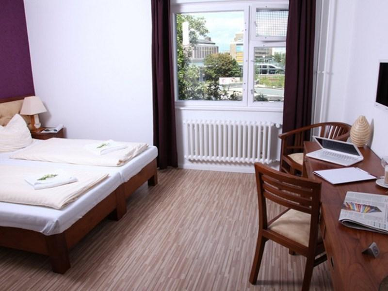 Main Station Hotel & Hostel - Hotell och Boende i Tyskland i Europa