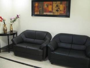 Compact Lotus Suites Bangalore - Suite