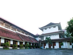 Made Bali Hotel Bali - Hotel Exterior