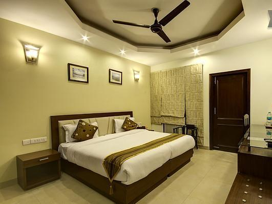 Red Maple Bed and Breakfast - Hotell och Boende i Indien i New Delhi And NCR