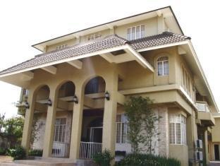 Hotell The Naga Manor
