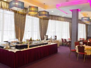 Ramada Moscow Domodedovo Hotel Moscow - Food, drink and entertainment