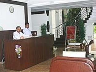 Hotel Empire BNB New Delhi and NCR - Reception