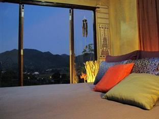 บ้านนอนนับดาว ปาย - ห้องพัก