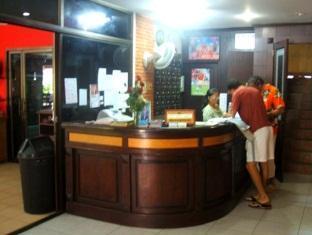 Hollywood Place Phuket - Reception area