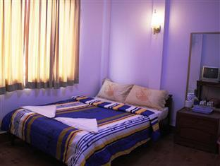 Lucky Ro Hotel & Restaurant Phnom Penh - Double Room with Air-Condition