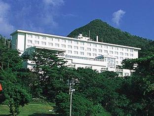 Motobu Green Park Hotel Okinawa - Hotel Exterior