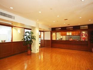 Motobu Green Park Hotel Okinawa - Lobby