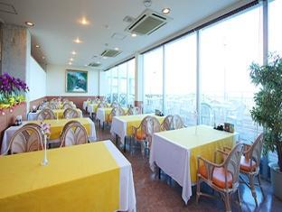 Motobu Green Park Hotel Okinawa - Restaurant