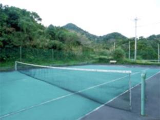 Motobu Green Park Hotel Okinawa - Tennis Court