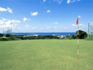 Motobu Green Park Hotel Okinawa - Golf Course