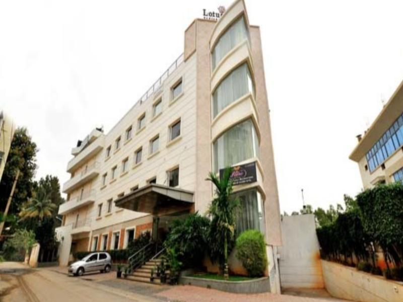 Lotus Park Hotel - Hotel and accommodation in India in Bengaluru / Bangalore
