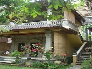 Suastika Bed & Breakfast Bali - Hotel Exterior