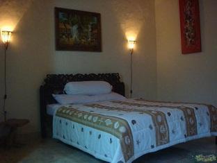 Suastika Bed & Breakfast Bali - Guest Room