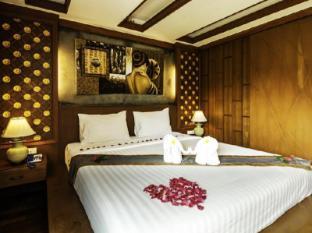 Renoir Boutique Hotel Phuket - Kamar Tidur