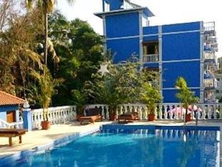 Mayflower Beach Resort North Goa - Swimming Pool