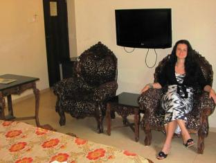 Mayflower Beach Resort North Goa - Guest Room