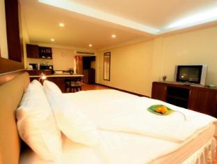 โรงแรมกามาลา ซีวิว