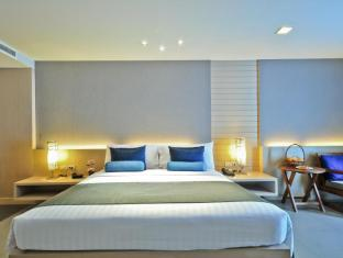 The ASHLEE Heights Patong Hotel & Suites Phuket - Deluxe Room 39 sqm.