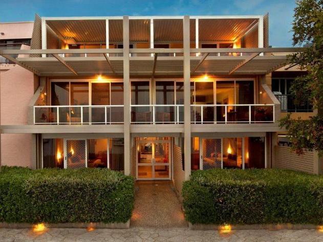 Bay Breeze Motel - Hotell och Boende i Australien , Batemans Bay