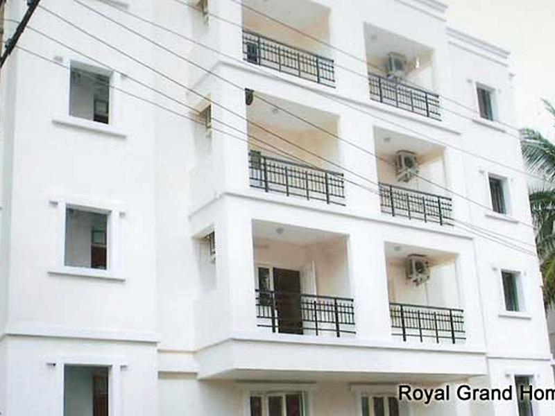 Compact Royal Grand Homes - Hotel and accommodation in India in Bengaluru / Bangalore