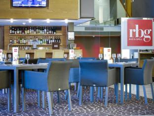 Park Inn by Radisson Foreshore, Cape Town Cape Town - Food, drink and entertainment