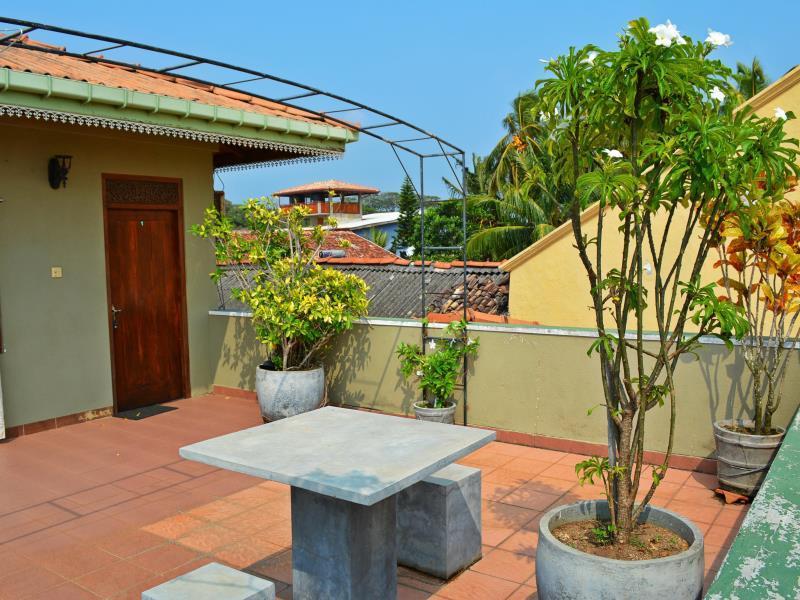 Frangipani Motel - Hotels and Accommodation in Sri Lanka, Asia