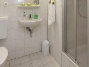 波茨坦法院酒店 柏林 - 卫浴间