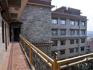 Hotel Tibet International Katmandu - Hotellet från utsidan