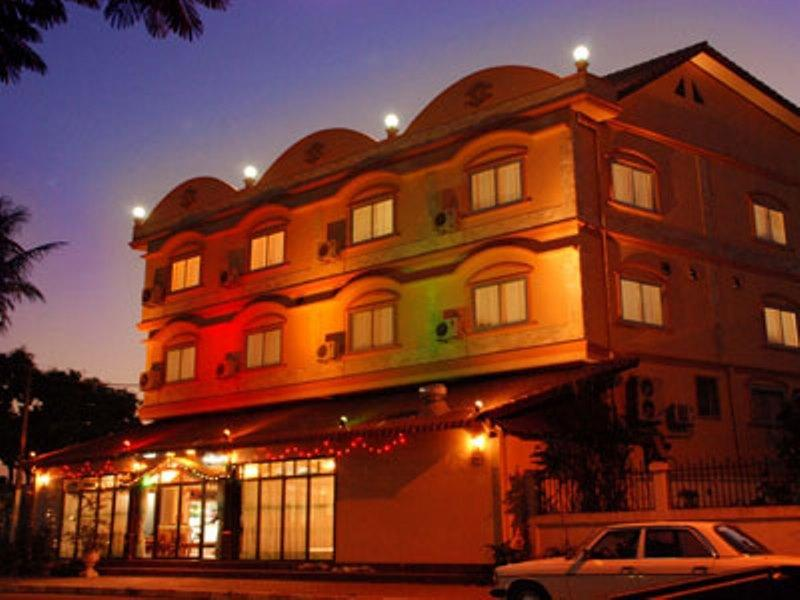 Mekong Sunshine Hotel - Hotels and Accommodation in Laos, Asia
