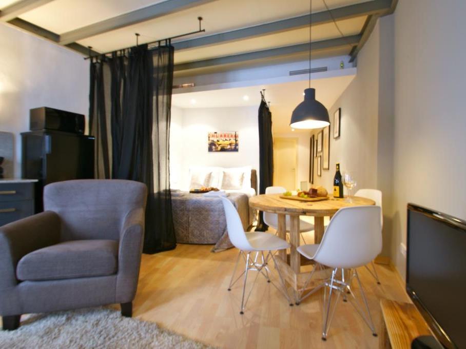 Ramblas Studios Apartments