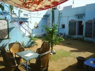 Chacha's Garden Hotel