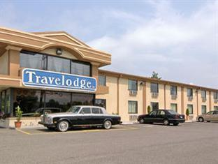 Travelodge Newark Airport