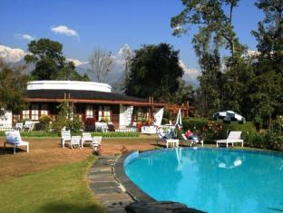 Fishtail Lodge Pokhara - Swimming Pool