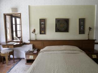 Fishtail Lodge Pokhara - Guest Room