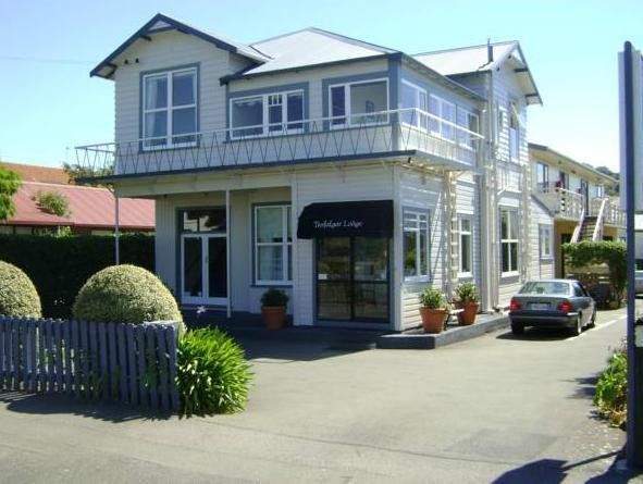 Trafalgar Lodge - Hotels and Accommodation in New Zealand, Pacific Ocean And Australia