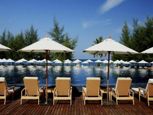 Centara Grand West Sands Resort & Villas Phu Kẹt - Bể bơi