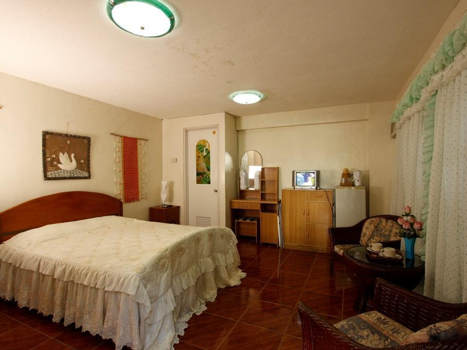 Villa Alzhun Tourist Inn and Restaurant Бохол