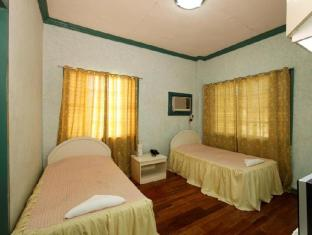 Villa Alzhun Tourist Inn and Restaurant Bohol - Phòng khách