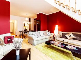 City Center Apartments - Eotvos 49 Budapest - The spacious living room