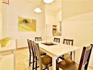 City Center Apartments - Visegradi 3! Budapest - Dining Area