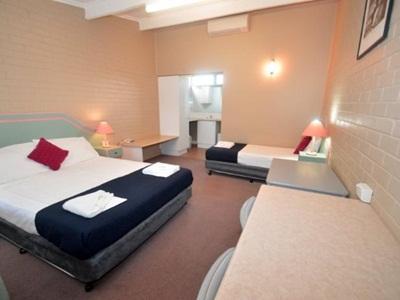 Parkview Motor Inn - Hotell och Boende i Australien , Parkes