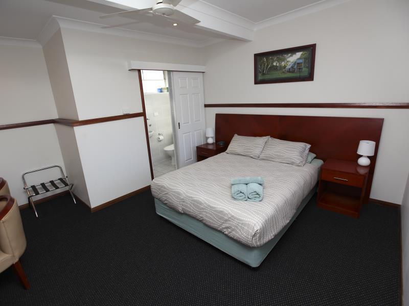 Across Country Motor Inn - Hotell och Boende i Australien , Dubbo