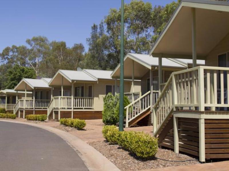 Big4 Dubbo Parklands Motel - Hotell och Boende i Australien , Dubbo