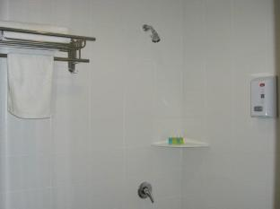 Grand City Hotel Kuantan I Kuantan - Bathroom