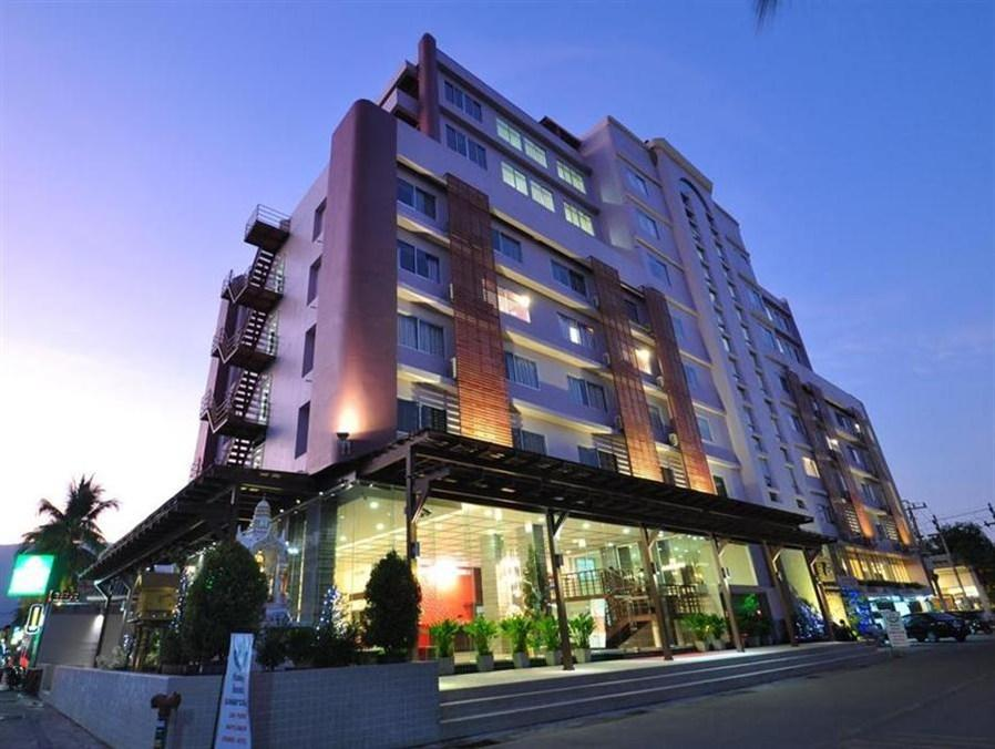 Mayflower Grande Hotel - Hotels and Accommodation in Thailand, Asia