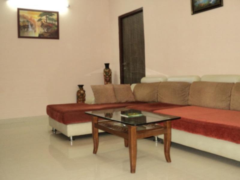 Invitado Inc Mumbai - Living Room