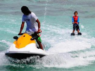 UI Inn Male City and Airport - water sports